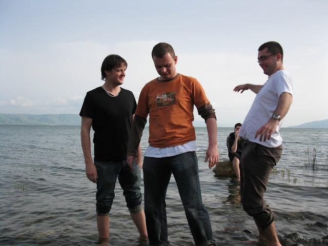 Na Jeziorze Galilejskim. Nici z chodzenia