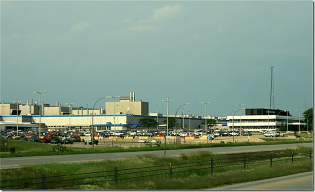 Belvidere_Chrysler_Plant_west_of_sign_6-8