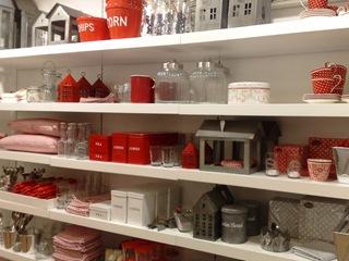 Interiør i rødt og sink