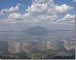 Cerro de Culiacán y laguna de Yuriria, Guanajuato