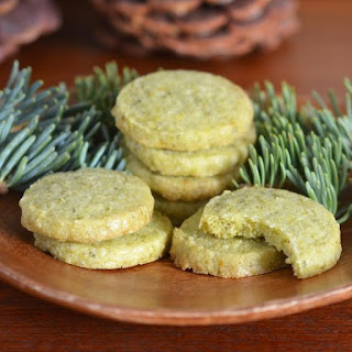 Evergreen Shortbread Cookies