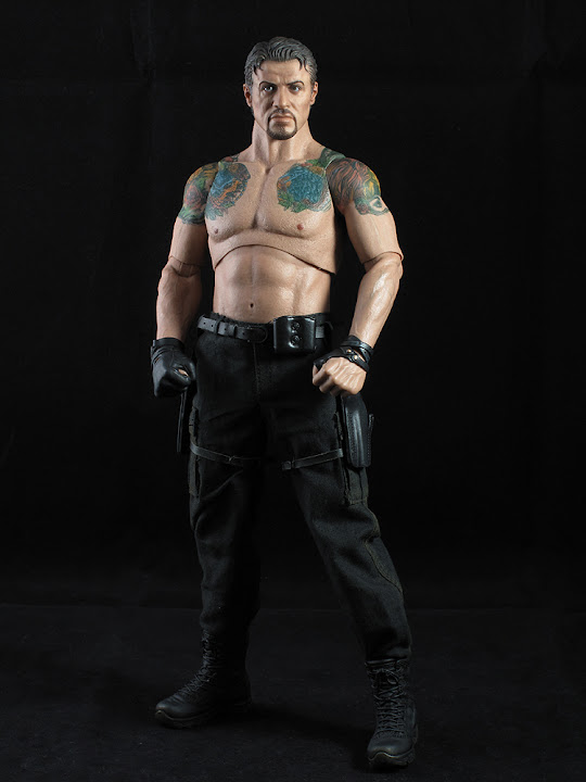 "HOTTOYS (figurine 12"" THE EXPENDABLES) - Page 5 ROSS%20007"