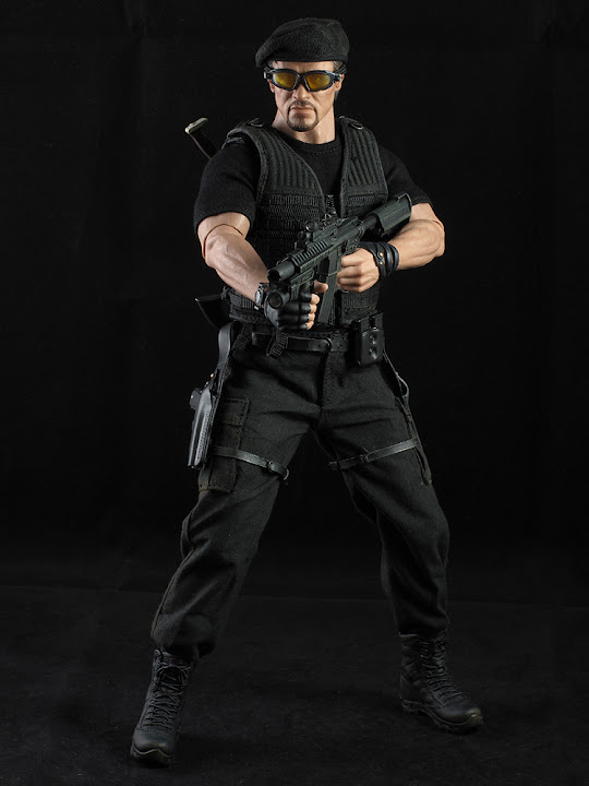 "HOTTOYS (figurine 12"" THE EXPENDABLES) - Page 5 ROSS%20024"