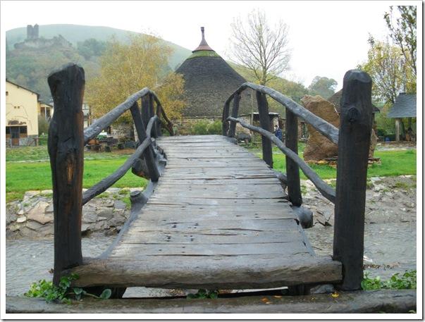 Puente y Palloza. foto curro