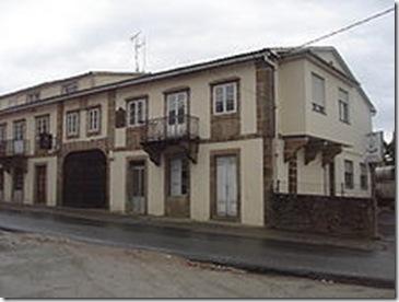222px-Casa_natal_de_Torrente_Ballester