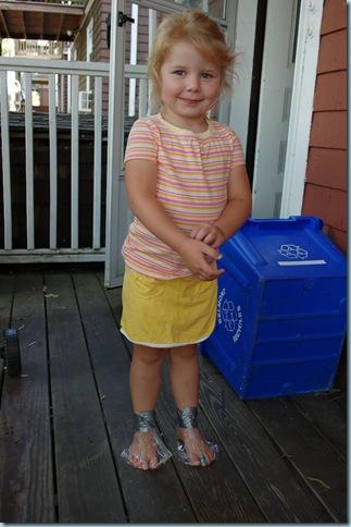2008-07-07 bag feet 001