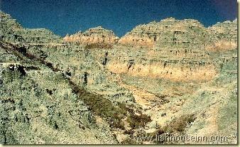 Blue Basin - Painted Hills