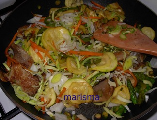 verdurada con carne picada,verduras rehogadas