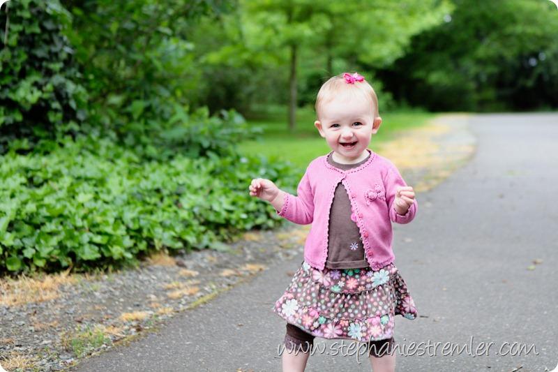 LyndenBabyPhotographerB5-27-10Madelyn-109