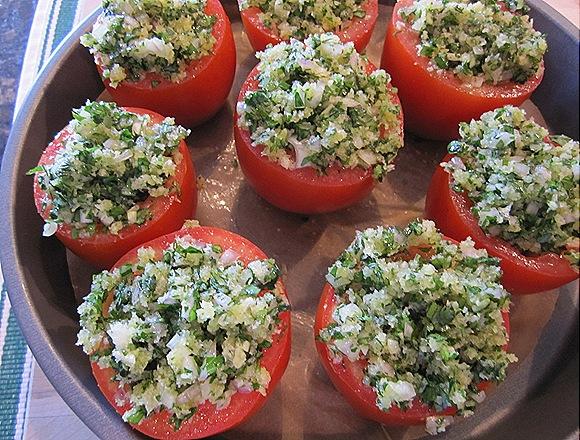 Plum Tomatoes Stuffed with Breadcrumbs & Herbs