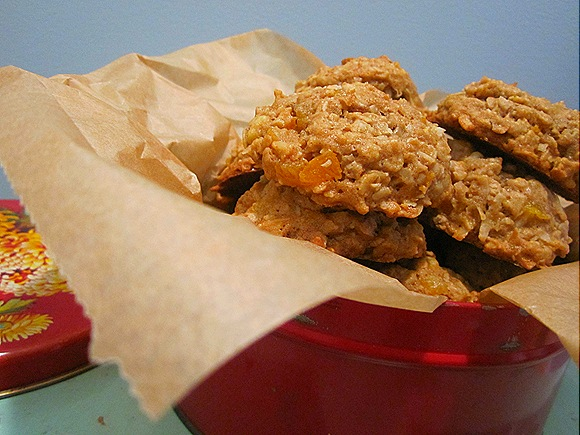 Oatmeal Cookies with Apricots, Coconut & Walnuts