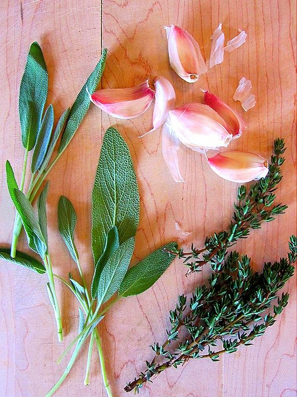 Garlic, Thyme & Sage