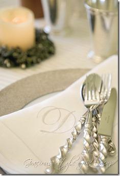 linen_monogrammed_dinner - gracious style fine linens