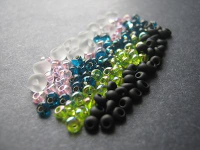 Assorted Small Magatama Drop Beads
