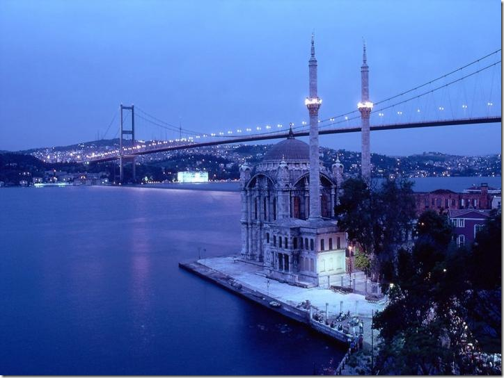 worldbridge03-the-bosphorus-bridge-istanbul-turkey