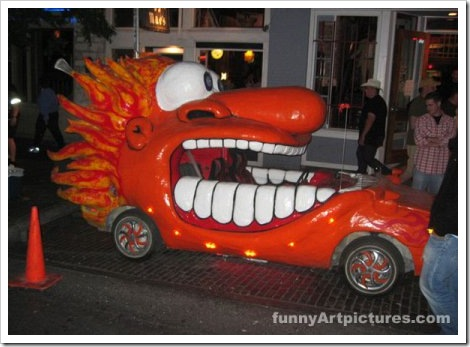 Funny Customized Car With Teeth.