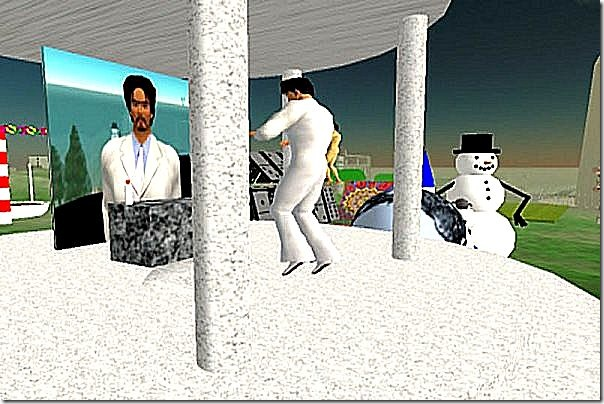 Hamlet admiring his altar at Burning Man 8-03