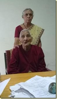 चम्पाकली(९०) बेटी (६८) के साथ