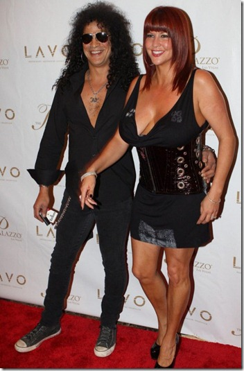 0203-slash-perla-ferrar-06-480x720