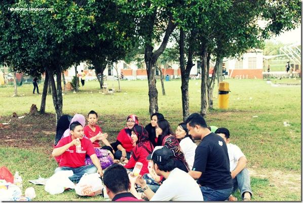 gathering (26)
