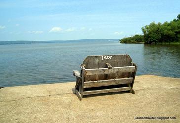Injoy bench