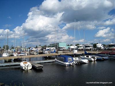 Boats and RVs at Lakehead Boat Basin