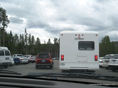 Busy parking lot at Norris Geyser Basin