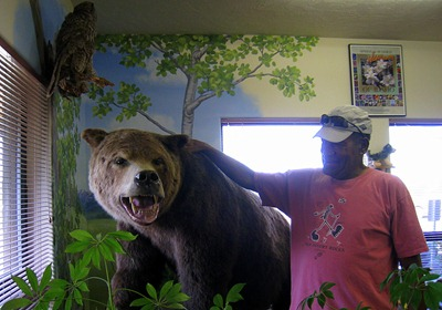 Odel meets grizzly in the Forest Service Visitor Center