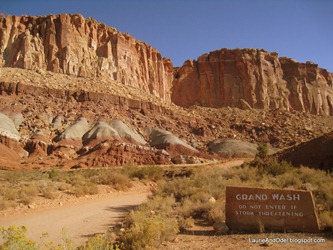Grand Wash Trail, western trailhead