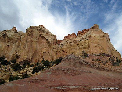 Big rocks of Capitol Reef