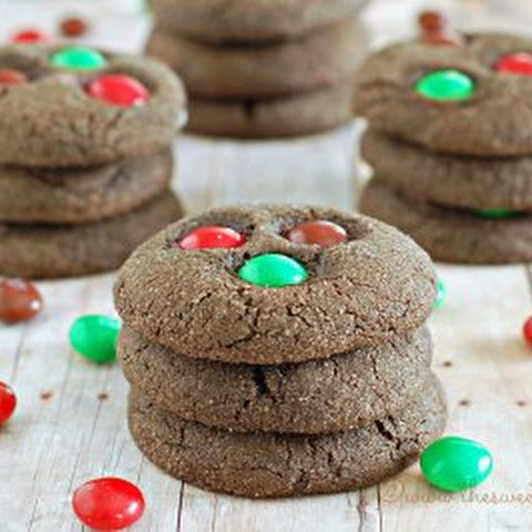 Chewy Dark Chocolate Gingerbread Cookies
