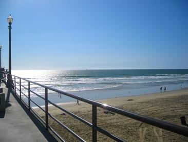 102009 ocean from pier