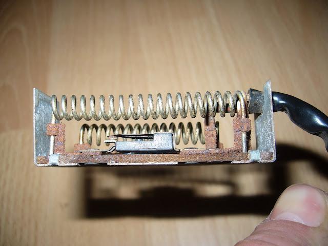 lh4.ggpht.com/_39MI4ePApE4/Swgc6iK9o4I/AAAAAAAAAHc/NIwN24csyxc/s640/P1050142.JPG