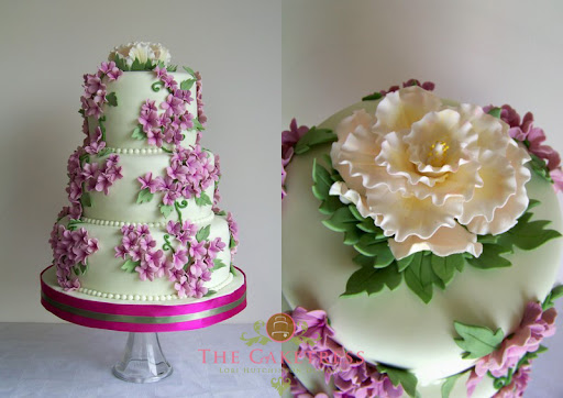 Green and Purple wedding Cakes