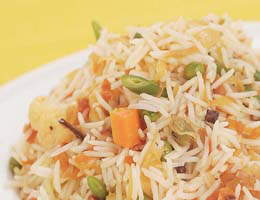 Recipe Of The Day: Sabzi Aur Tamatar Ka Pulao (By Sanjeev Kapoor)