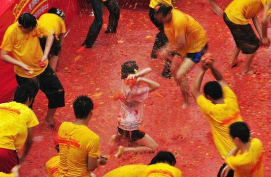 Tomato Fight in China
