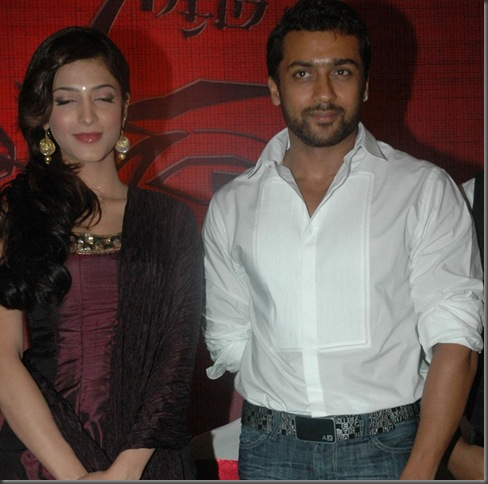 1 Suriya and Shruti Stills in 7 Am Arivu Press Meet