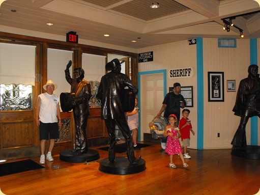 Buck Owens Museum 018