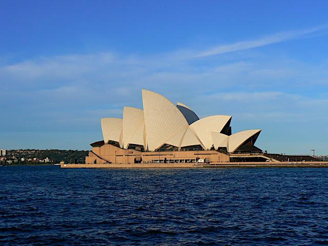 Dwi Tour Australia