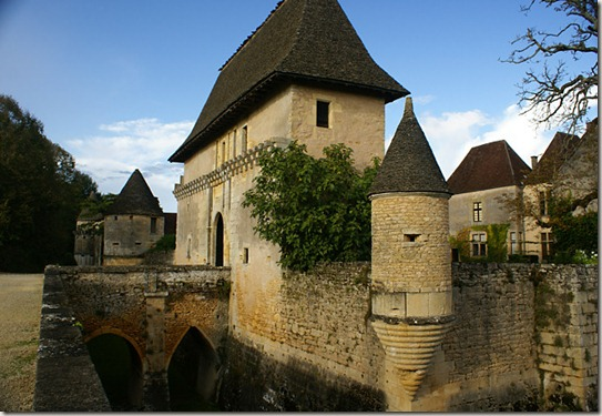 holidays-dordogne-france-chateau-losse-thonac