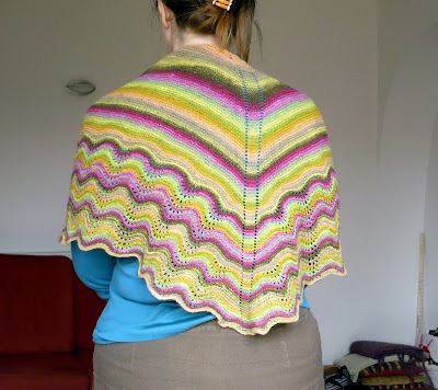 Knitting Patterns For Zingy : Stitched Together: Noro Shawl