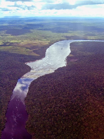 Air Shot Leaving Canaima - 2