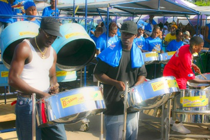 Steel Drum Competition in Trinidad - 5_tonemapped