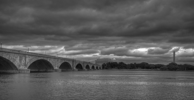 Memorial Bridge to Washington Monument