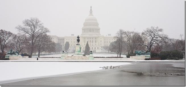 US Capitol at Christmas-3