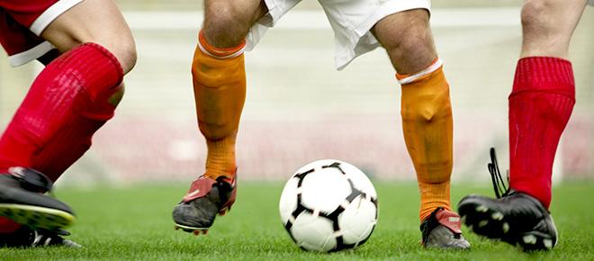 Joacă fotbal ca să fii în formă!