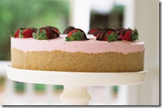 Strawberry_Cream_Cake