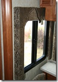 0942V_WindowTreatment_XGA