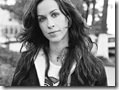 Alanis Morissette 1024x768 2 hollywood celebrity wallpapers