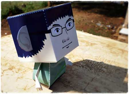 Mr. Buzzta Paper Toy